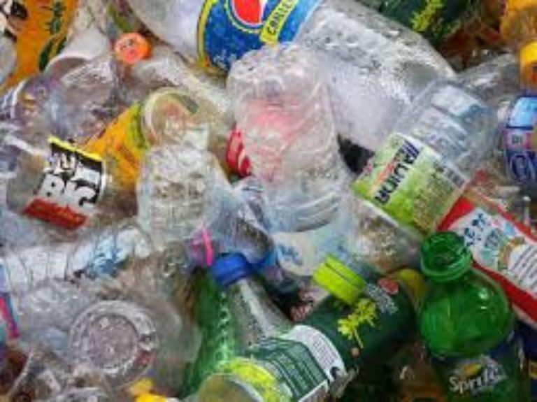 Simple steps to reduce plastic packaging