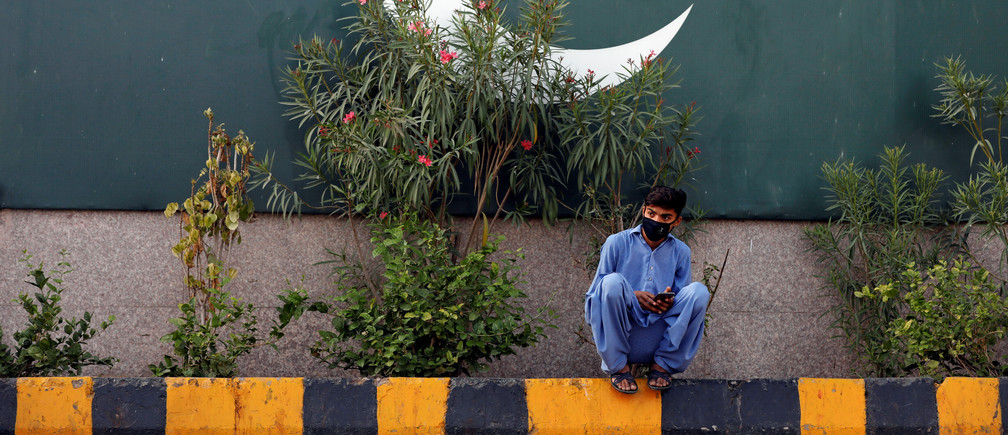 COVID-19: Pakistan's 'green stimulus' scheme is a win-win for the environment and the unemployed